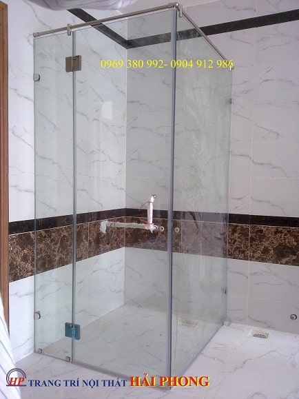 Phòng tắm kính 90 dùng bản lề kính nối kính