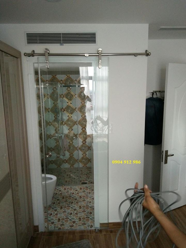Phòng tắm kính cửa trượt sử dụng lùa đơn phi 25
